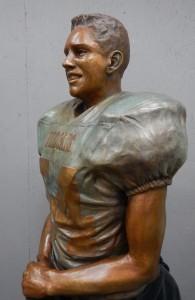 thomas Cutinella side in bronze